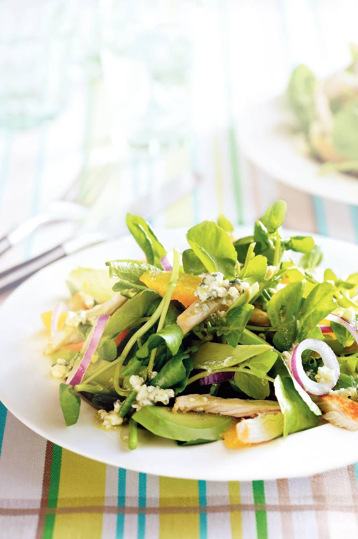 Waterkerssalade met avocado