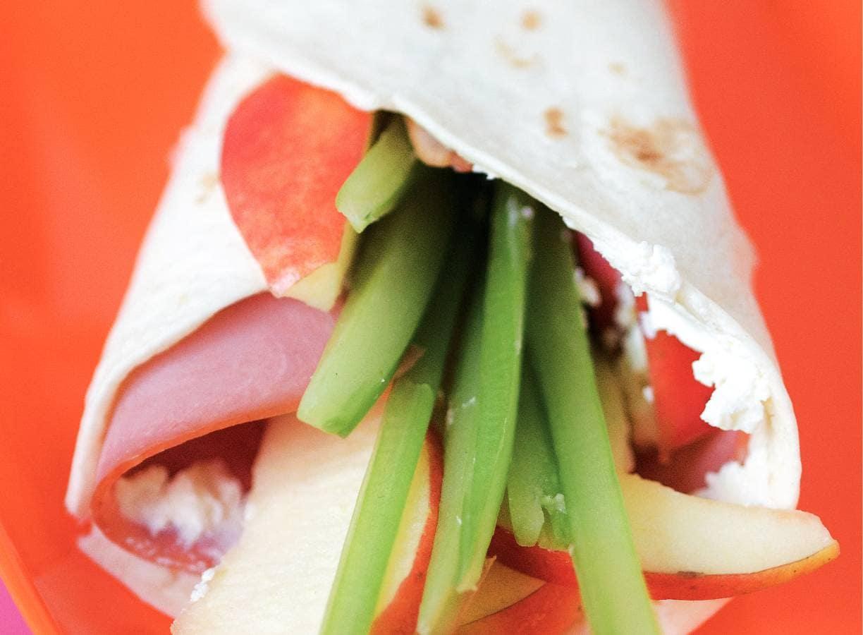 Wrap met ham, appel en bleekselderij