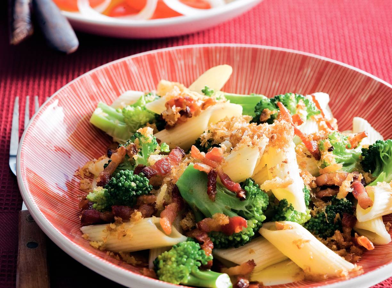 Penne met spekjes en broccoli