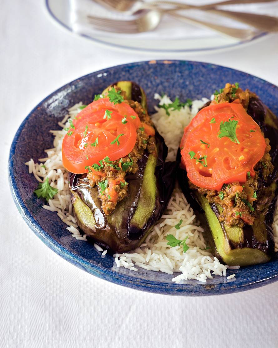 Patlican karniyarik (gestoofde aubergines op z'n Turks)