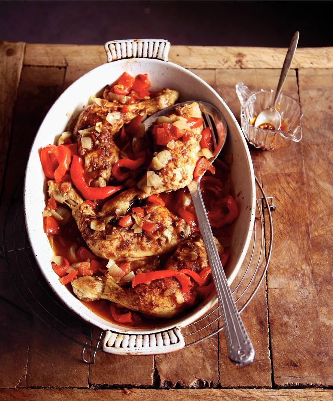Geurig gestoofde kip en paprika