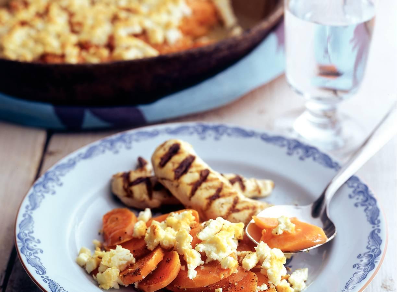 Wortelgratin met kaas en gegrilde kip