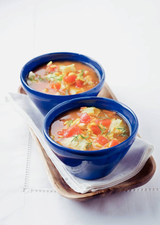 Tomaten-vissoep met rijst