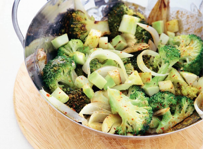 Broccoli met kerrie uit de wok