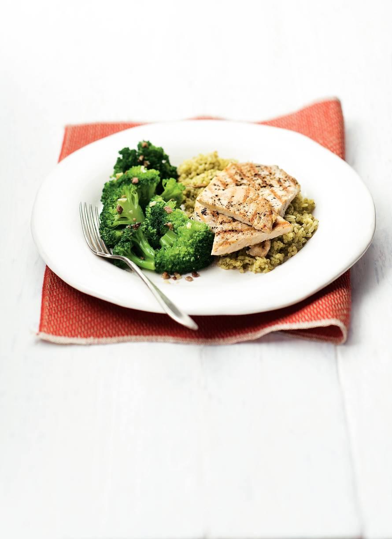 Gegrilde filetlapjes met risotto funghi en broccoli