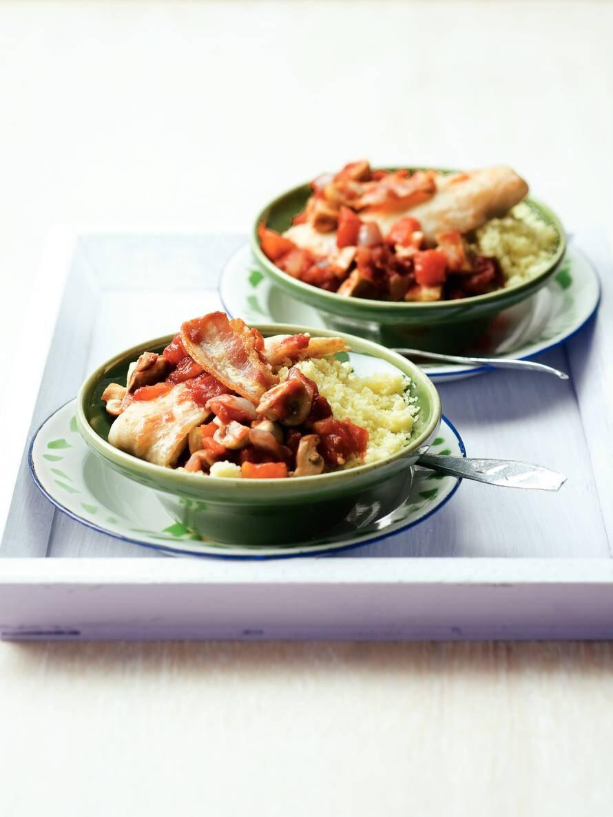Pangasiusfilet in tomaten-spekjessaus