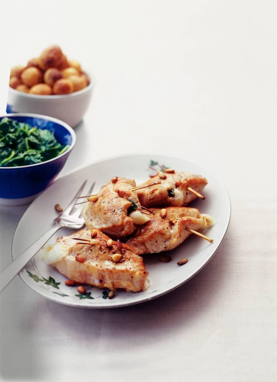 Varkensfiletlapjes met mozzarella en basilicum