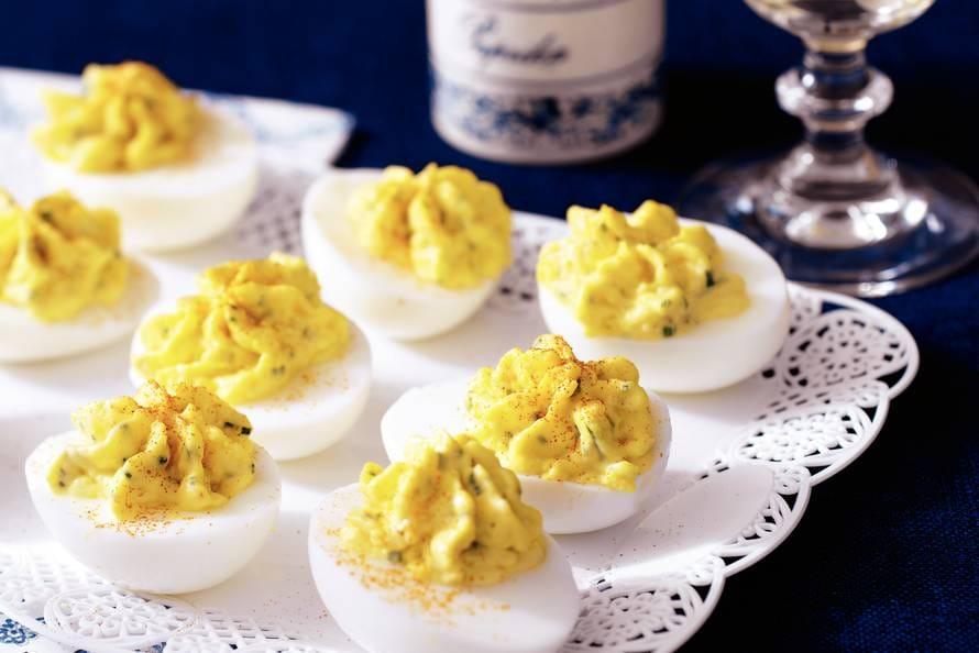 gevulde eieren - recept - allerhande - albert heijn