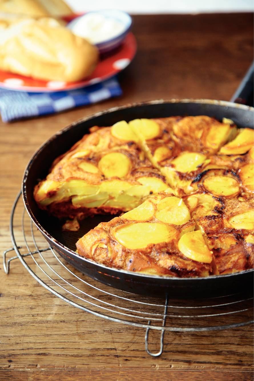 Aardappeltortilla met chorizo