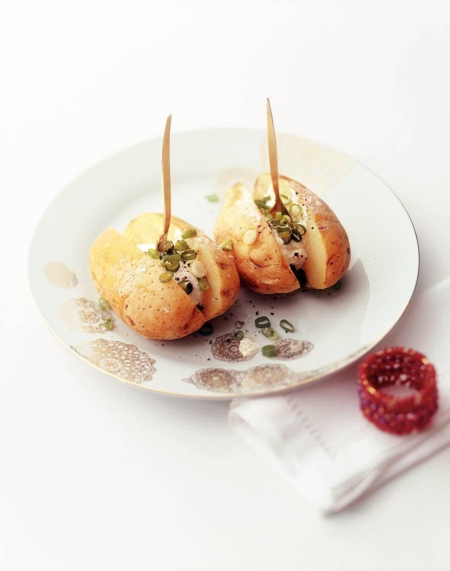 Gepofte aardappel met zure room