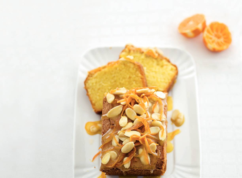 Amandelcake met mandarijnensiroop