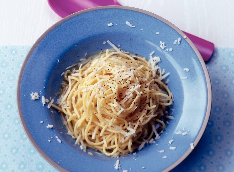 Spaghetti met boter en parmezaan