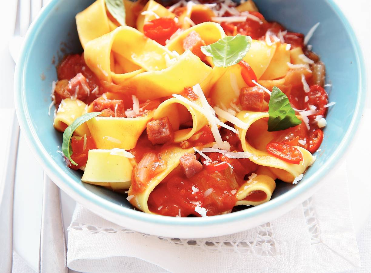 Pappardelle in pittige saus