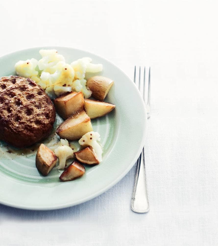Burger & bloemkoolsalade