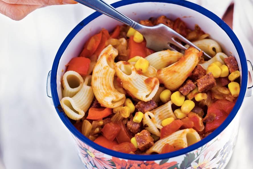 Macaroni met corned beef