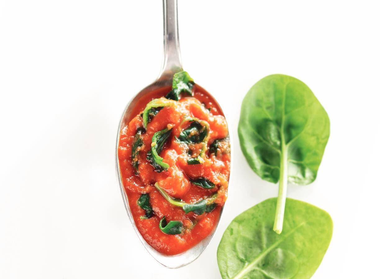 Tomaten-spinaziesaus