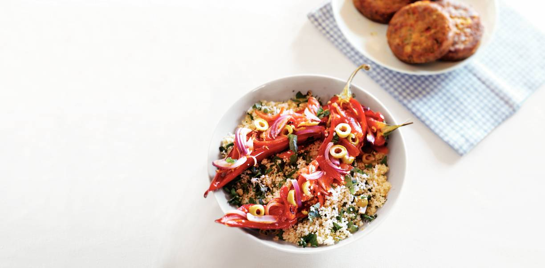 Puntpaprika met tomaat & olijf