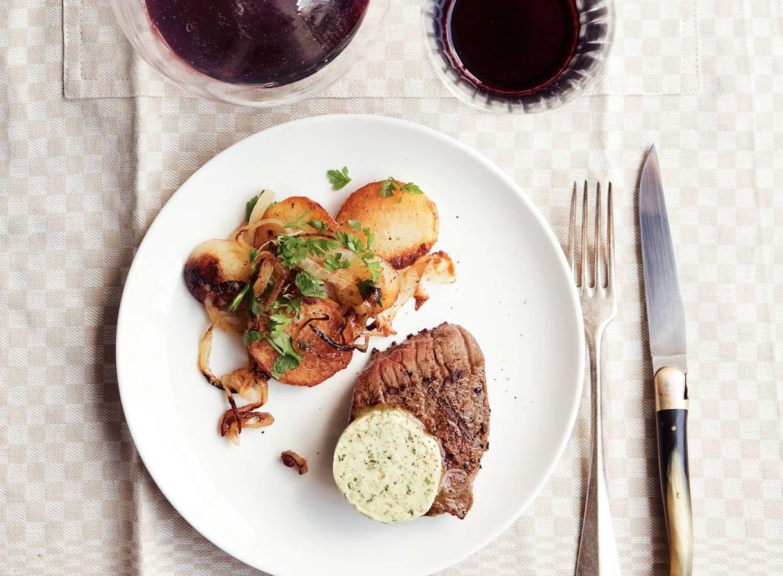 Steak met pittige kruidenboter