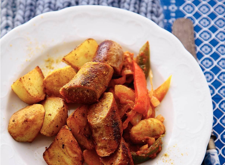 Duitse bratkartoffeln en bratwurst