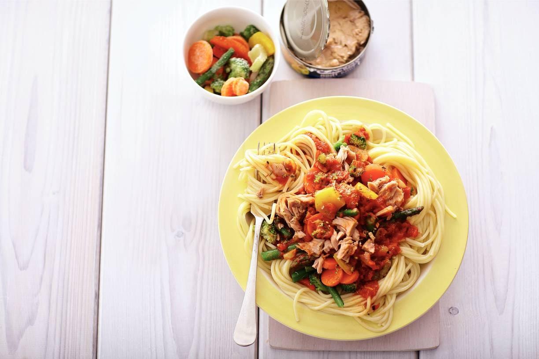 Vissige spaghetti bolognese met tonijn