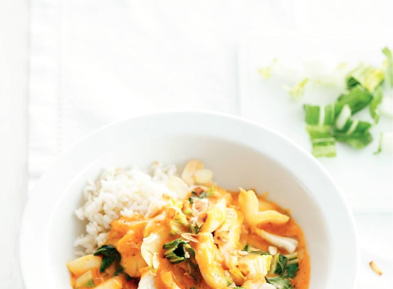 Rode curry met paksoi en yellowfin sole
