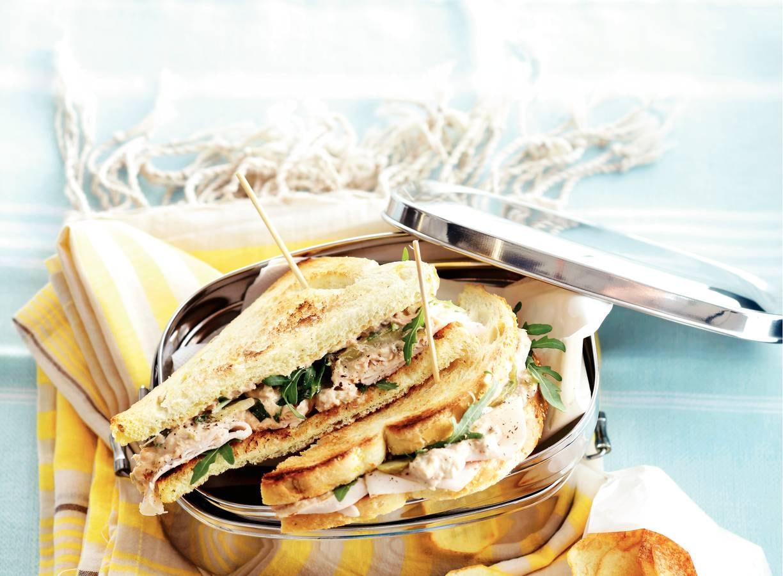 Sandwich pollo tonato