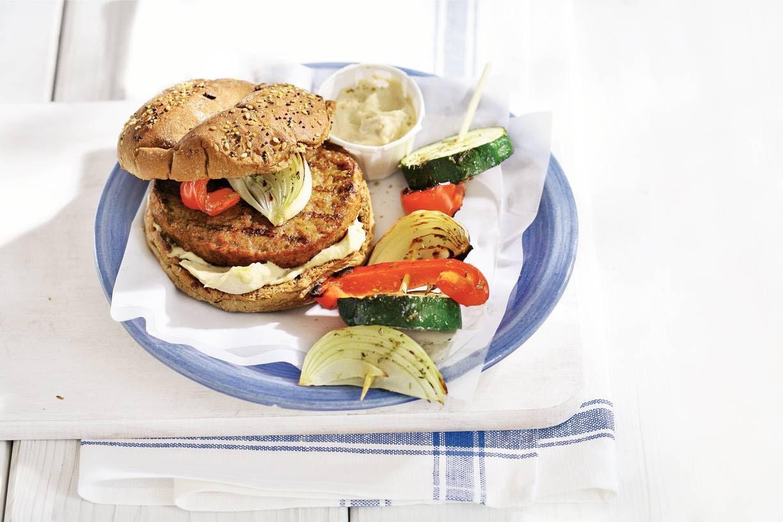 Vegaburger met gegrilde groenten