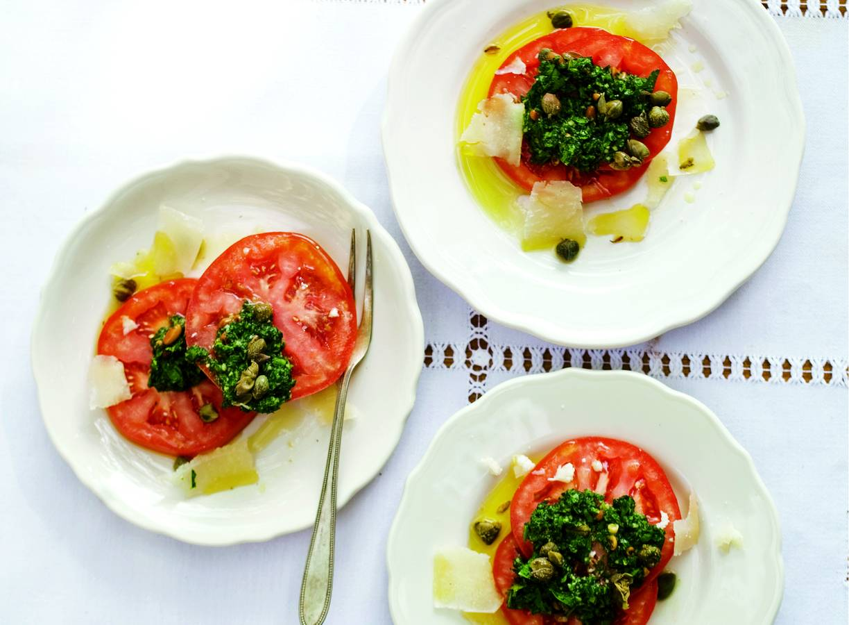 Tomatensalade met peterseliepesto