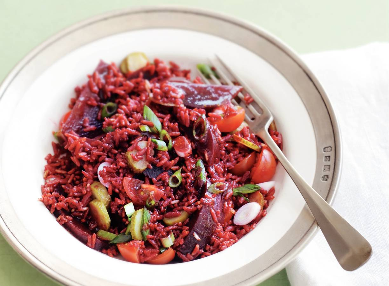 Rozerode rijstsalade
