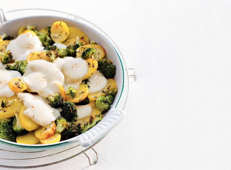 Broccoli-mozzarellaschotel