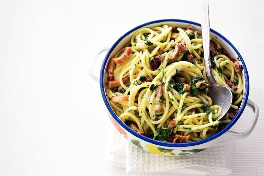 vegetarische spaghetti met spinazie