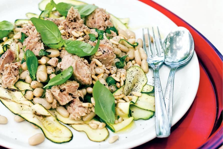 Courgettesalade met tonijn