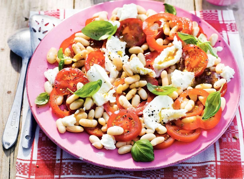 Salade met paprika en tomaat