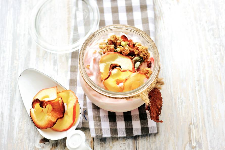 Hangop, muesli en appelchips