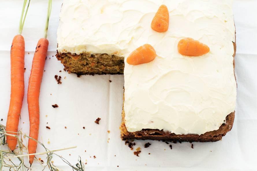 Worteltjestaart (carrot cake)