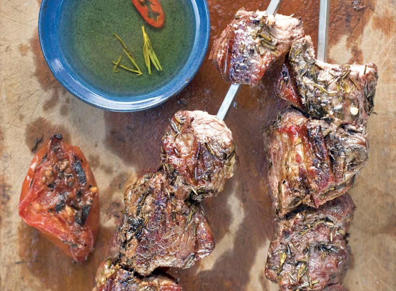 Biefstukspies met peper-rozemarijnolie
