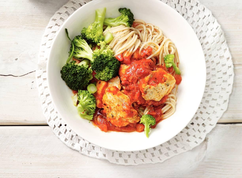 Italiaanse kipschotel met broccoli
