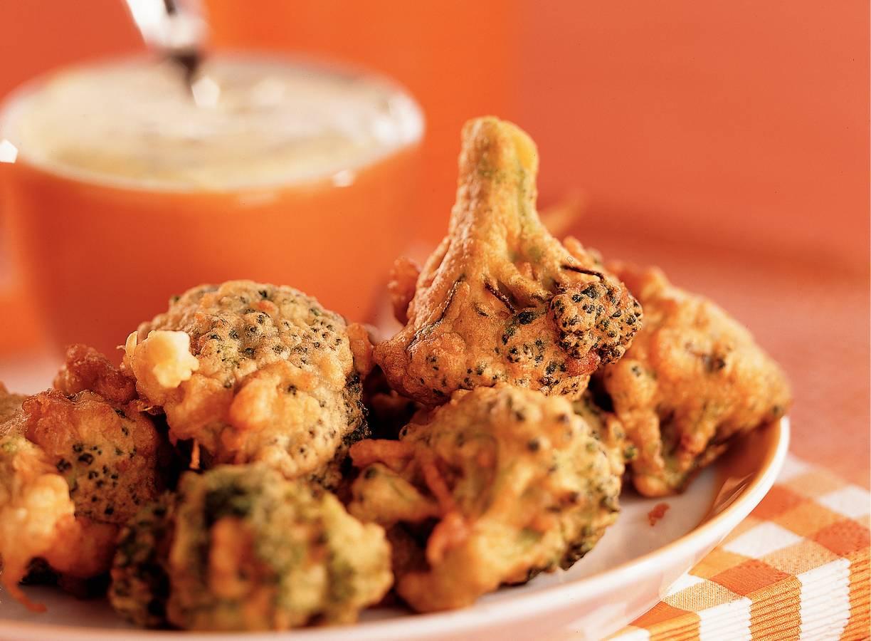 Broccoli fritots met rucoladip
