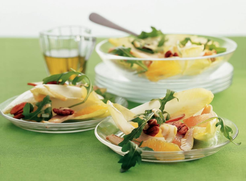 Witlofsalade met citrusfruit en honing-mosterddressing
