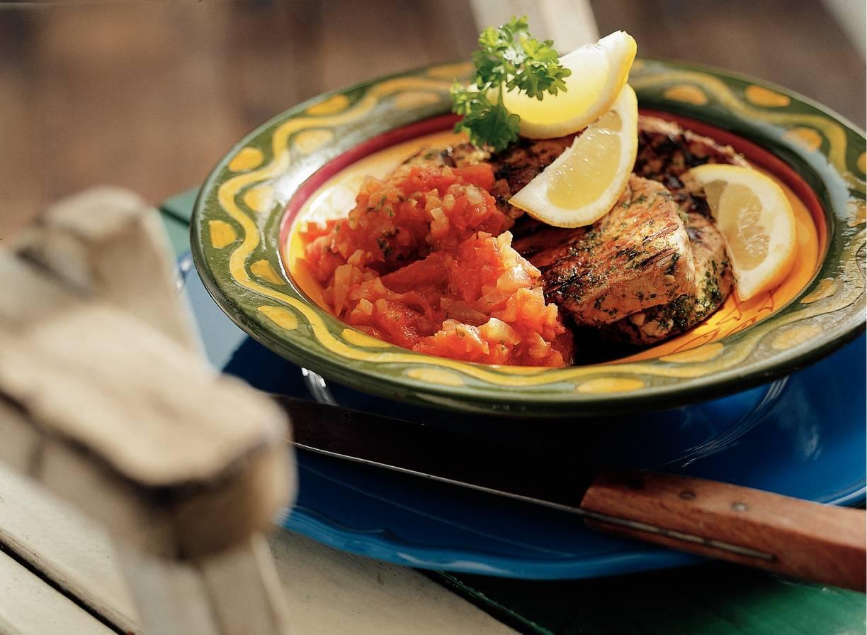 Geroosterde tonijn met peterselie en citroen