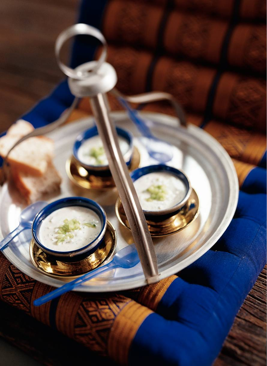 Yoghurt-komkommersoep (cacik)