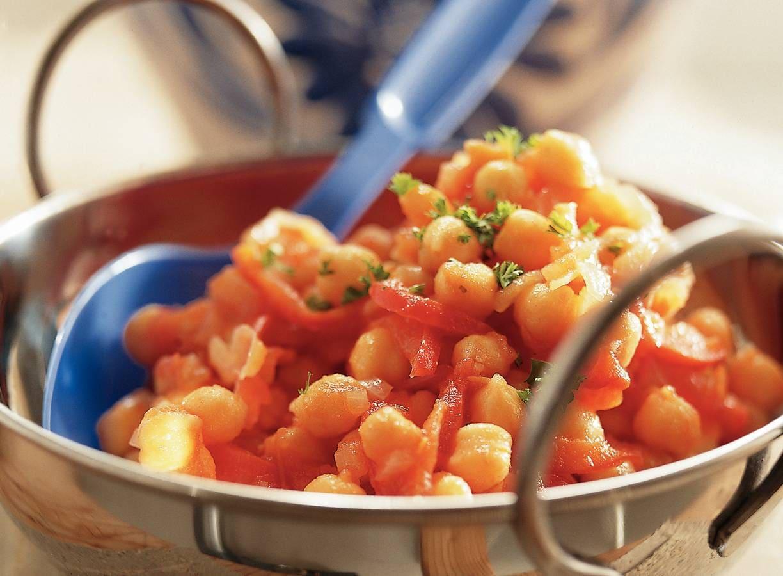Kikkererwten met tomatenmoes