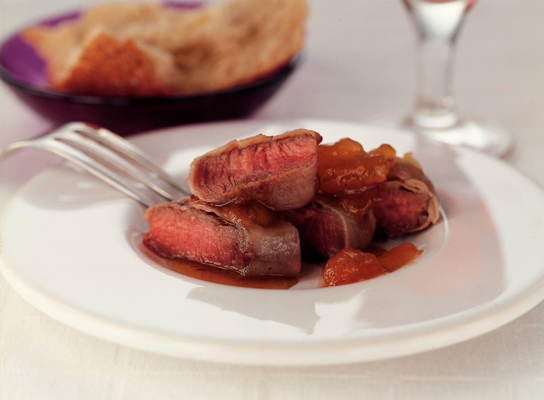 Biefstukvinkjes met abrikozenjus