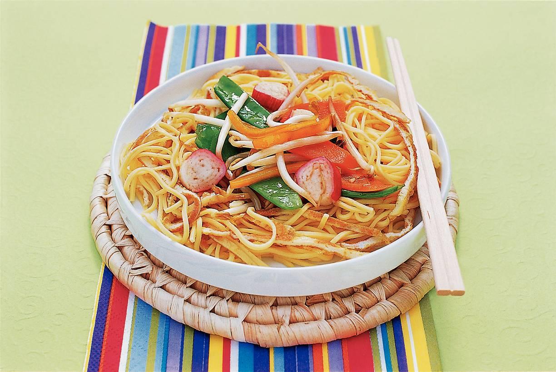 Chinese wokschotel met peultjes