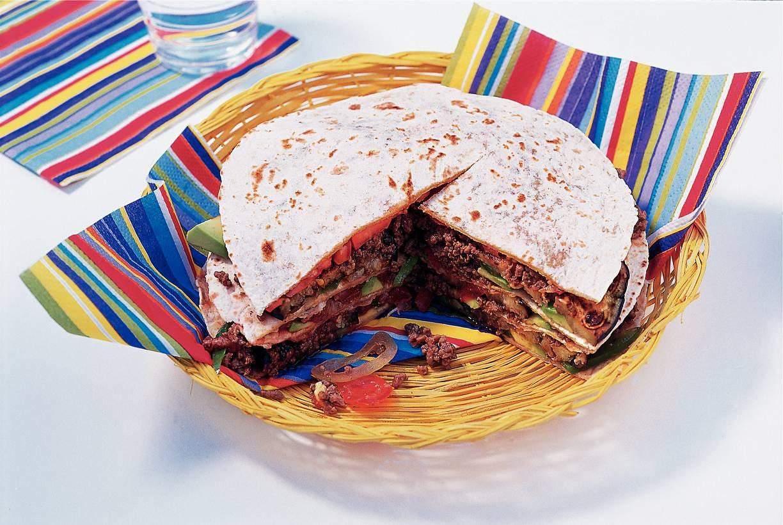 Hartige Mexicaanse stapeltaart