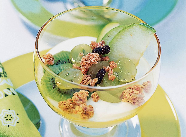 Groene fruitsalade met hangop