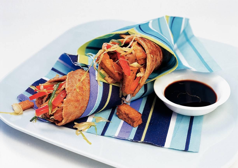 Oosterse pannenkoek met spitskool en tofu