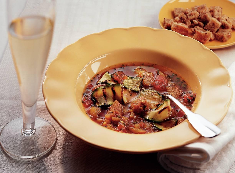 Italiaanse broodsoep met gegrilde courgette