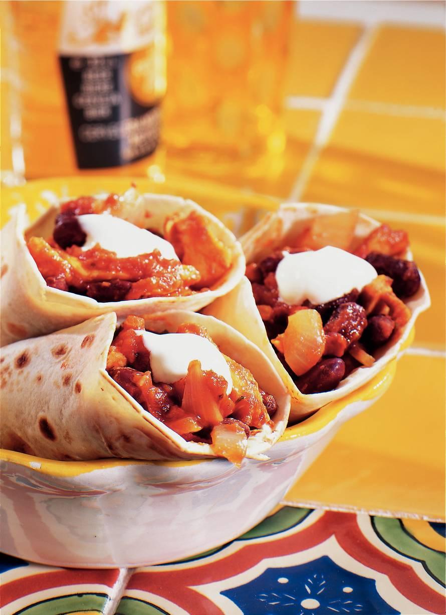 Burrito's met bonen en kip
