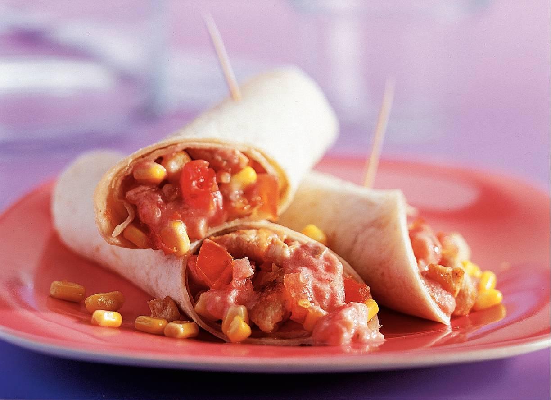 Tortilla's met yoghurtsalsa